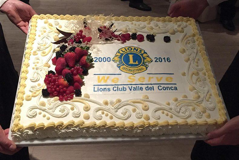 La torta per l'ultimo service Lions